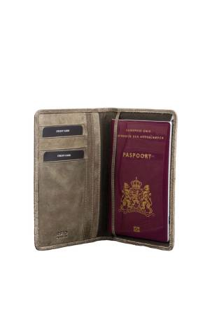 Burkely About Ally Passport Cover roen | Wennekes.nl