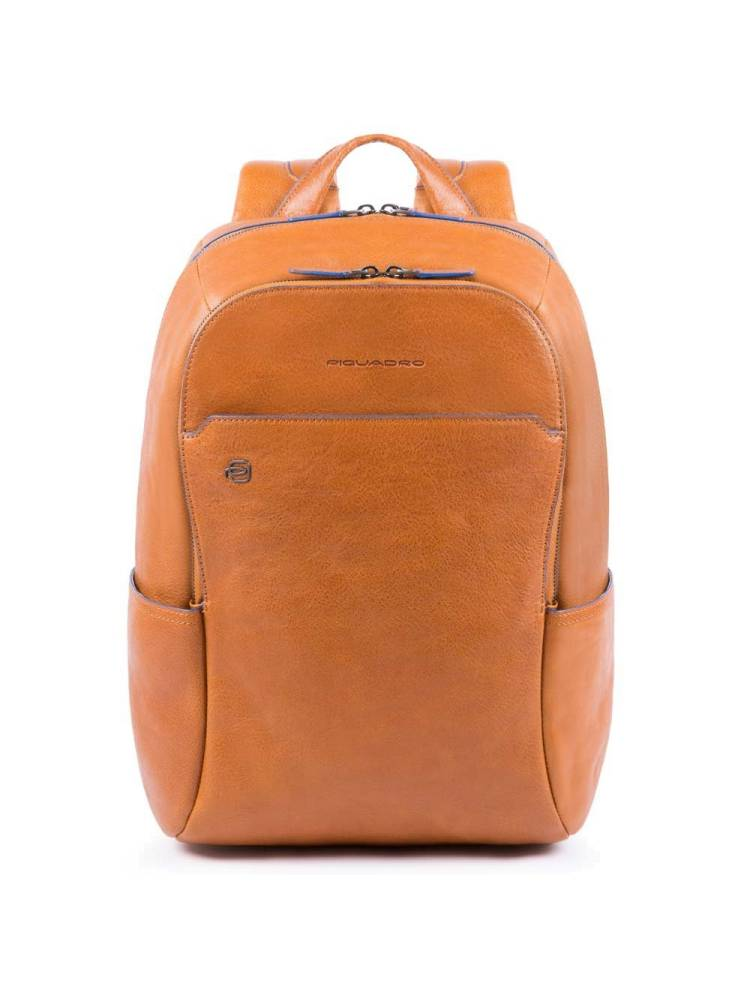 Piquadro Small Size Computer Backpack with Ipad 10.5 inch licht bruin | Wennekes.nl